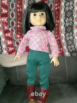 American Girl 2007 Doll IVY LING with original Clothing on her. RETIRED 2014