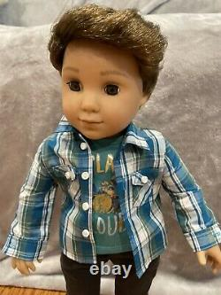American Girl 2017 Logan Everett 1st Boy Doll Retired meet outfit accessories