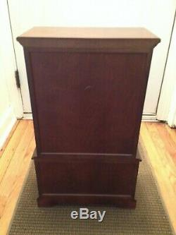 American Girl Doll Felicity Pleasant Company Linen Press Retired Clothes Armoire