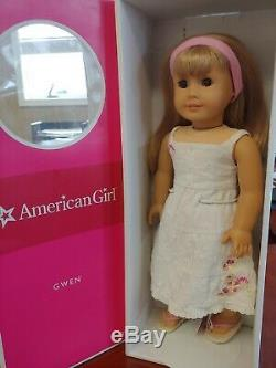 American Girl Doll Gwen Thompson Companion to Chrissa, 2009 Girl of the year