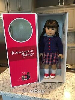 American Girl Doll MOLLY New in Box PLUS new pajamas & accessories SOLD OUT