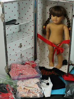 American Girl Doll, Molly's Trunk with Outfits & Extras Pleasant Company, witho b