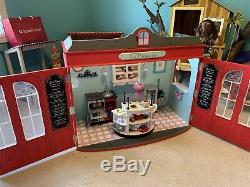 American Girl Graces French Bakery