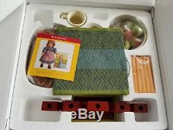 American Girl KIRSTEN'S HOLIDAY TREAT Complete Brand NEW in the Box