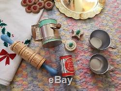 American Girl Kit's Christmas Holiday cookie Baking Set RETIRED Complete EUC
