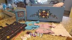 American Girl Pleasant company Kristen Trunk Bed, Mattress, Clothing, Nightstand