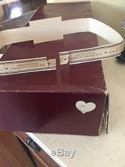 American Girl White body Samantha In BOX Pleasant Company Meet Acc Excellent