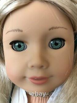 Caroline Abbott American Girl Doll & 6 Outfits All Original Beautiful