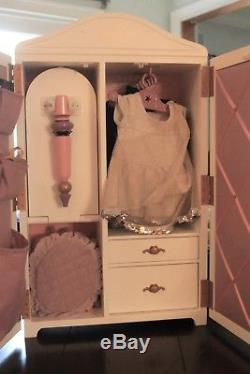 Isabelle American Girl Doll Studio, Clothes and Accessories RETIRED