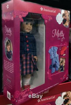 NEW American Girl 18 inch Molly Doll with Book/Pajamas/Shoes Accessories Set