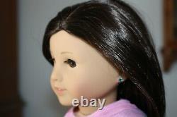 NEW American Girl Truly Me 18 DOLL #40 Lt Skin Brown Hair & Eyes Pierced Ears A