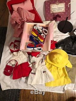 Pleasant Company American Girl Doll Molly LOT Clothes Bed Books Retired
