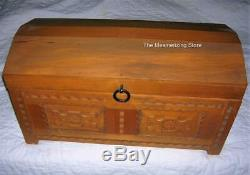 Pleasant Company American Girl JOSEFINA WOODEN CHEST TRUNK 1st Version with Hinges