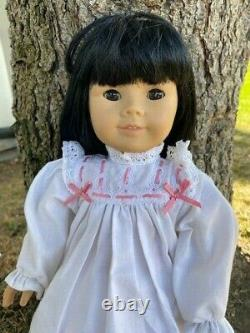 Pleasant Company American Girl Vtg Retired Asian doll 749/76 With Nightgown