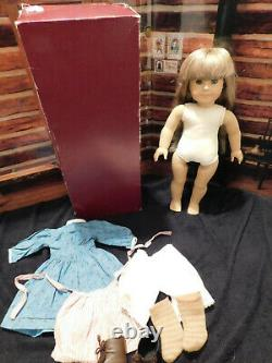 Retired American Girl Pleasant Company White Body Kirsten Doll with Meet Outfit